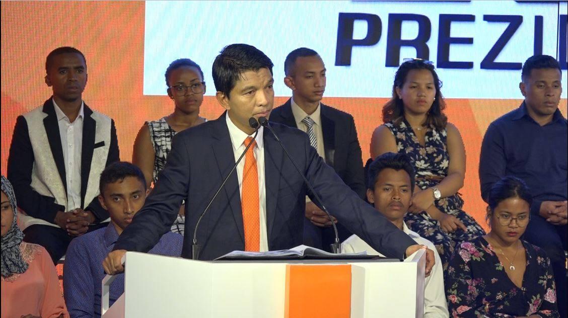 """Andry Rajoelina è il nuovo Presidente del Madagascar. L'imprenditore Ciro Visone :""""E' un volto giovane ma dalle notevoli capacità,confidiamo nel suo operato"""""""